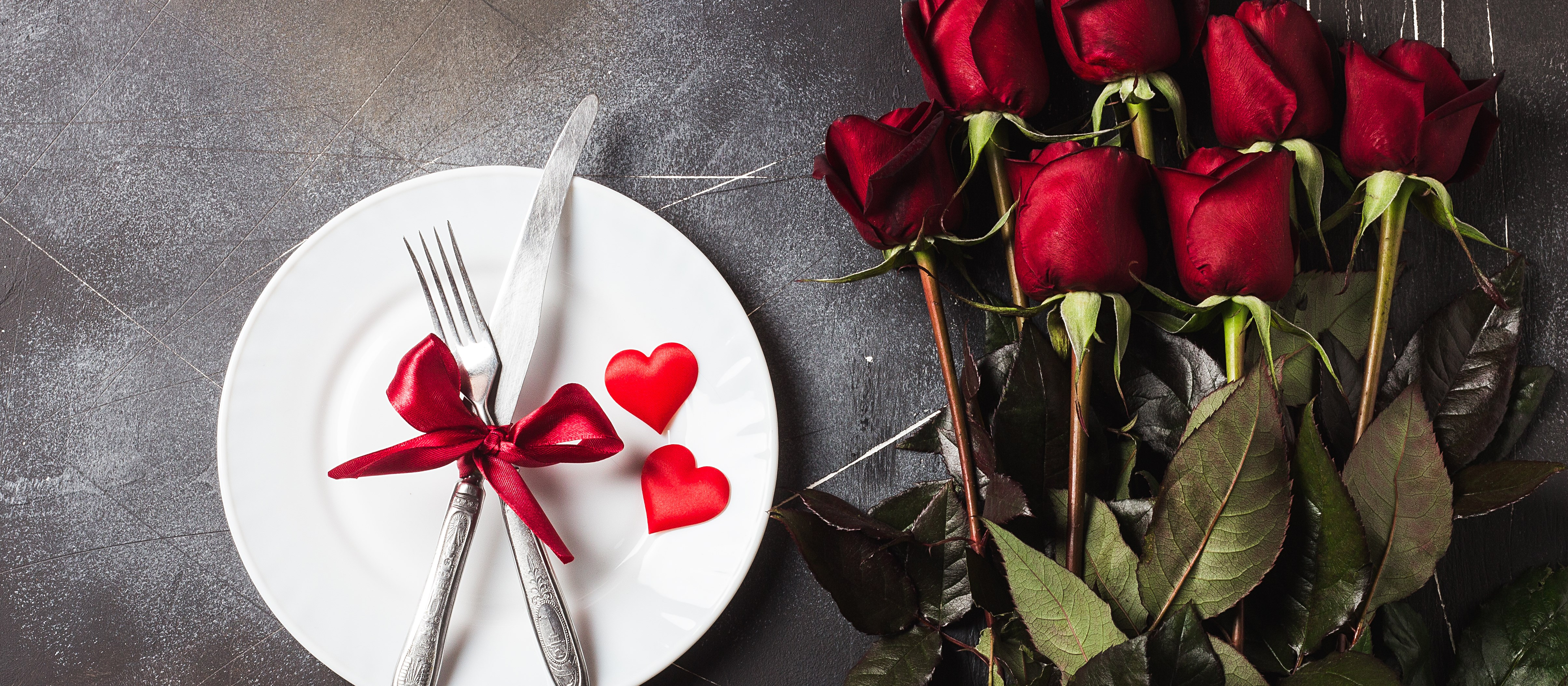 valentines-day-table-setting-romantic-dinner-marry-me-wedding-engagement.jpg